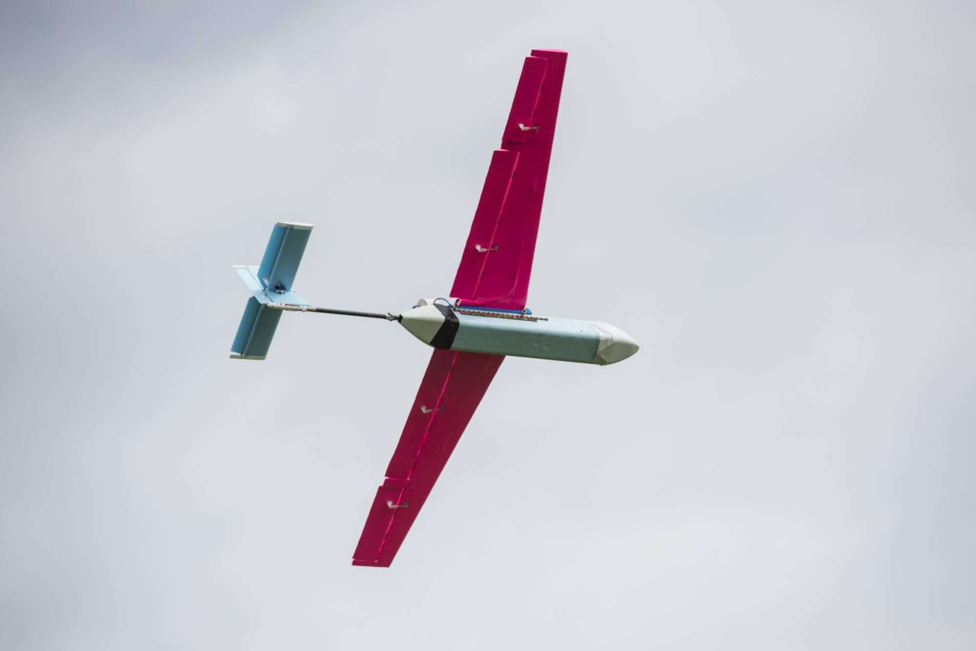 UAVs016