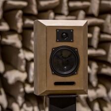 Loudspeakers1003